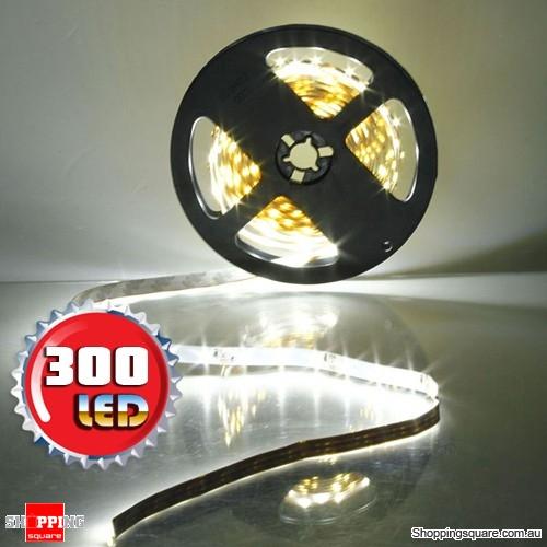 5M Non-Waterproof 300 LEDs SMD 3528 Flexible Strip Light DC12V Cool White Colour