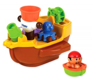 Tomy Aqua Fun Pirate Ship Bath Toy