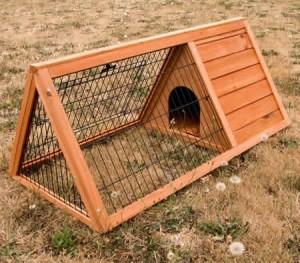 Medium Wooden Rabbit Hutch