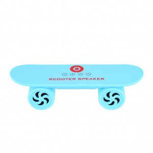 Mini Skateboard Bluetooth Speaker music player - Blue