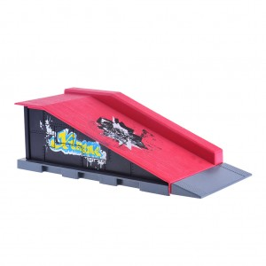 Kids Finger Skateboard Play Set Roll In Ramp