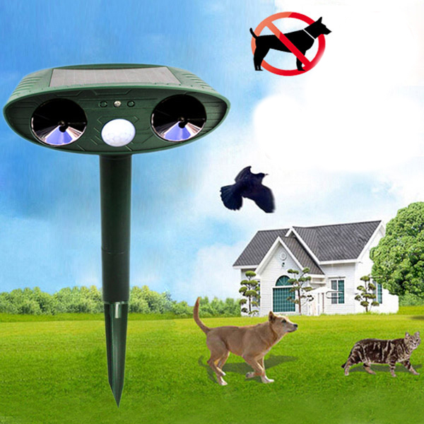 Outdoors Ultrasonic Solar Power Intruding Cat Dog Pest Animal Repeller Scarer for Garden Yard